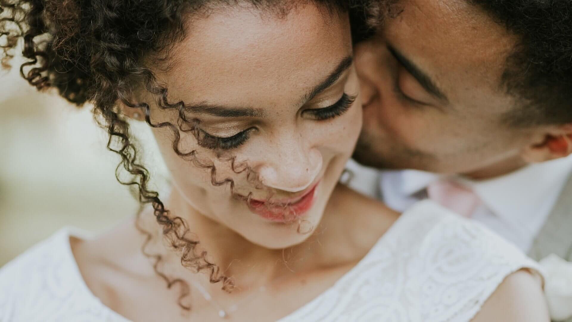 rustic-outdoor-wedding-videos-in-leeds